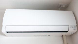 エアコンの掃除を自分でする頻度は?ポイントはフィルターと吹き出し口です