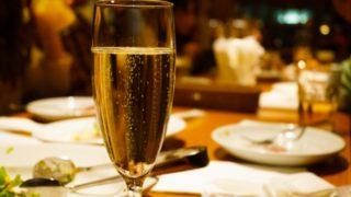 レストランデートでエスコートしたいなら予約や座る位置をしっかりと!