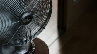 エアコンと扇風機の併用は節電になる?位置や温度設定と風向きは?
