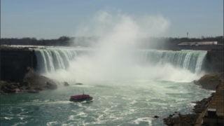 ナイアガラの滝観光 カナダ側から遊覧船に乗るよ!チケットはどこで買える?