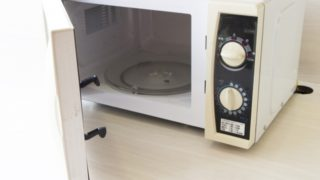 電子レンジの耐熱皿が割れた!ターンテーブルとして代用できるものは?